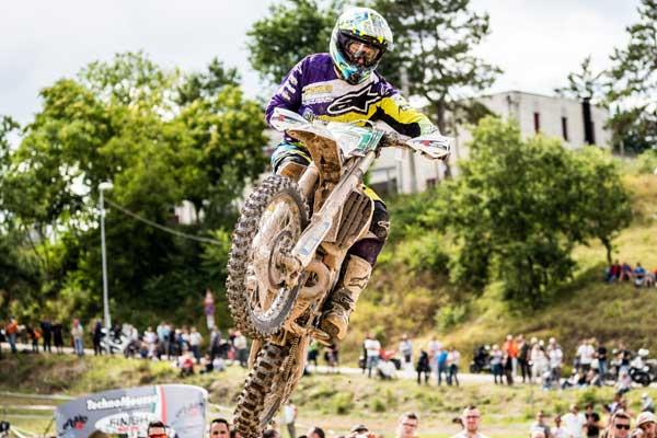 LähetäKuva VetojenTyypit - 5 asiaa sinun täytyisi tietää live-vedonlyönnistä Motocross-kilpailuissa